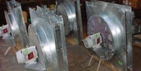 写真:モーター直結式フィルタ内蔵型の軸流ファン特注製作例
