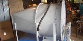 写真:モーター直結式の軸流ファンの特注製作例